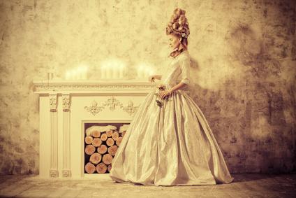 Die Geschichte der Abendkleider